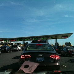 Photo taken at Peace Arch Border Crossing by Joe S. on 8/7/2011
