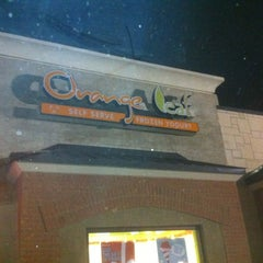 Photo taken at Orange Leaf Frozen Yogurt by Jeremy M. on 12/12/2011