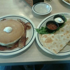 Photo taken at IHOP by James R. on 12/29/2011