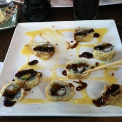 Photo taken at Tuxedo Sushi by Brog L. on 7/14/2012