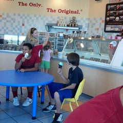 Photo taken at Marble Slab Creamery by Lori S. on 9/8/2012