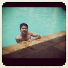 Photo taken at Swimming Pool - The Ritz Carlton 5th Floor Kuningan by zeehalley on 4/10/2012