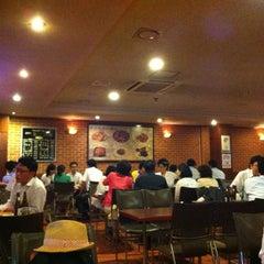 Photo taken at 태성골뱅이 紳士 by cho b. on 7/23/2012