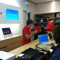 Photo taken at Apple Store, Corte Madera by Lewis C. on 12/19/2012