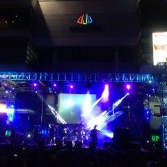 Photo taken at Jogjatronik by Erric Q. on 10/6/2014
