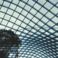Photo taken at Kogod Courtyard by Leslie on 9/30/2012