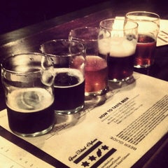 Photo taken at Goose Island Brewery by Anna J. on 11/12/2012