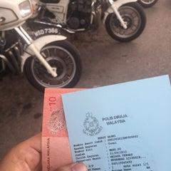 Photo taken at Balai Polis Melaka Tengah (Cawangan Trafik) by Aizuddin M. on 9/1/2015
