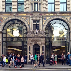 Photo taken at Apple Store, Regent Street by Jill S. on 4/24/2013