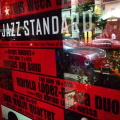 Photo taken at Jazz Standard by Iandro M. on 6/18/2013