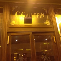 Photo taken at Le Gallopin by Silvia C. on 12/4/2013