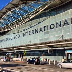 Photo taken at San Francisco International Airport (SFO) by Martin G. on 10/6/2013