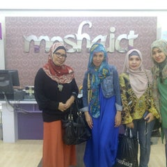 Photo taken at Moshaict - Moslem Fashion District Indonesia by iin y. on 4/26/2013