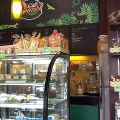Photo taken at Café Amazon (คาเฟ่ อเมซอน) by Somrat N. on 5/27/2013