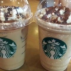 Photo taken at Starbucks by Liani S. on 9/21/2014