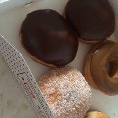Photo taken at Krispy Kreme by Mariana M. on 6/6/2014