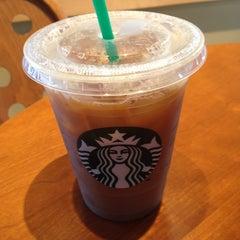Photo taken at Starbucks by Holly U. on 7/4/2013