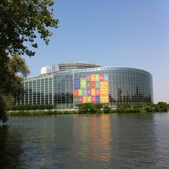 Photo taken at Parlement Européen by Svën on 7/14/2013