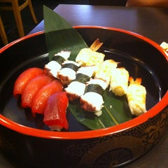 Photo taken at Wonder Sushi by Bertha D. on 4/5/2013