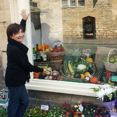 Photo taken at Stow-on-the-Wold by Ana A. on 9/10/2015