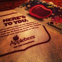Photo taken at Applebee's by Linda Kim D. on 12/29/2012