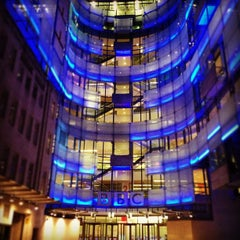 Photo taken at BBC Broadcasting House by Leslie R. on 7/15/2013
