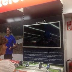 Photo taken at Media Markt by Tiemo K. on 7/28/2014