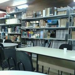 Photo taken at Biblioteca da FT by Perfil excluído p. on 8/8/2013