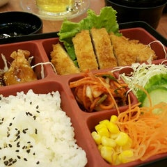 Photo taken at Oishi Ramen (โออิชิ ราเมน) by James S. on 10/3/2015