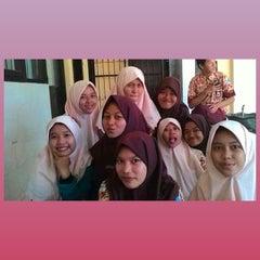 Photo taken at SMA Negeri 3 Sidoarjo by Marika R. on 8/14/2014
