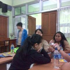 Photo taken at SMA Negeri 68 Jakarta by Lintang E. on 1/8/2014