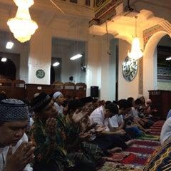 Photo taken at Masjid Cut Meutia by Anggoro I. on 8/6/2013