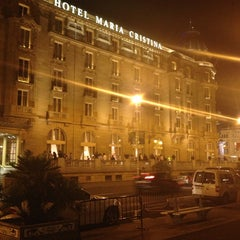 Photo taken at Hotel María Cristina by Erwin D. on 7/20/2013