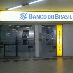Photo taken at Banco do Brasil by Mari on 4/27/2013