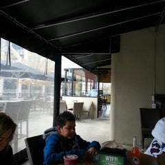 Photo taken at Lime Fresh Mexican Grill - Buckhead by Robert R. on 11/19/2012