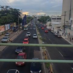 Photo taken at Avenida Djalma Batista by Nuxe Q. on 4/4/2013