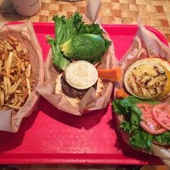Photo taken at Kua'āina Sandwich by Bryan suk C. on 3/17/2015
