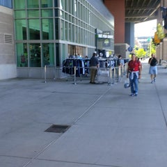 Photo taken at The Pro Shop at CenturyLink Field by Smoothy S. on 7/21/2014
