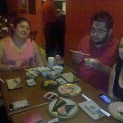 Foto tirada no(a) Maru Sushi por Raquel Yasuko K. em 9/14/2014