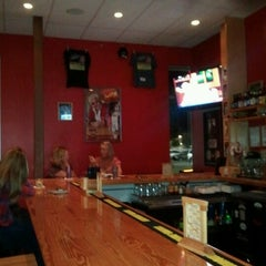 Photo taken at Flip Flops Grill + Chill by Patrick F. on 9/20/2012