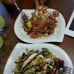 Photo taken at Çıtır Waffle - Edem by Gül B. on 6/28/2013