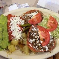 Photo taken at Taquería Juárez by Miguel Z. on 10/26/2014