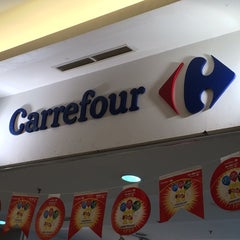 Photo taken at Carrefour by Feisal F. on 11/15/2015