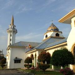 Photo taken at Masjid Nurul Iman Serendah by Rushdi R. on 7/21/2013