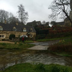 Photo taken at Stow-on-the-Wold by Verna on 3/26/2016