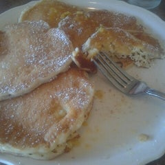 Photo taken at The Original Pancake House by Catalina I. on 3/31/2013