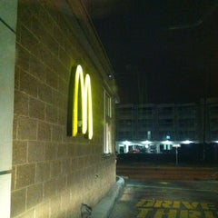 Photo taken at McDonald's by M S. on 4/26/2013
