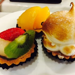 Photo taken at De Pastry Chef by Nathan S. on 9/6/2015