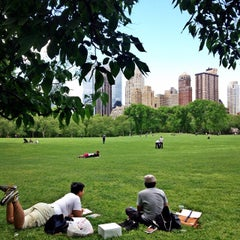 Photo taken at Sheep Meadow by Dita D. on 5/13/2015