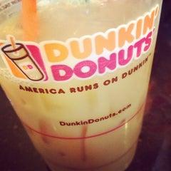 Photo taken at Dunkin' Donuts by Jonny N. on 4/3/2013
